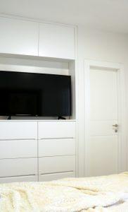 יעל טלוויזיה חדר שינה לאתר